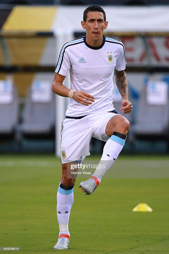 <a gi-track='captionPersonalityLinkClicked' href=/galleries/search?phrase=Angel+Di+Maria&family=editorial&specificpeople=4110691 ng-click='$event.stopPropagation()'>Angel Di Maria</a> of Argentina warms up prior the championship match between Argentina and Chile at MetLife Stadium as part of Copa America Centenario US 2016 on June 26, 2016 in East Rutherford, New Jersey, US.