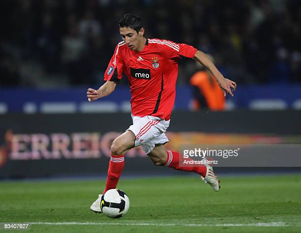 Angel Di Maria of Benfica in action during the UEFA Cup match between Hertha BSC Berlin and Benfica Lisbon of group B at the Olympic stadium on...