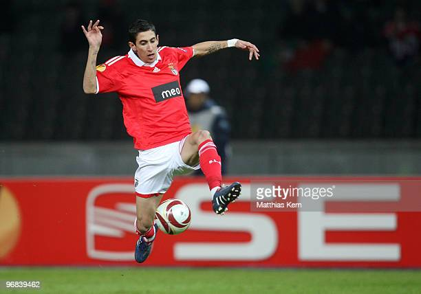 Angel Di Maria of Lisbon in action during the UEFA Europa League knockout round first leg match between Hertha BSC and SL Benfica Lisbon at Olympic...