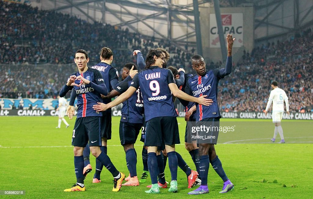 Angel Di Maria of Paris Saint-Germain celebrate his goal of the victory with teammmattes during the French Ligue 1 between Olympique de Marseille and Paris Saint-Germain at Stade Velodrome on february 7, 2016 in Marseille, France.