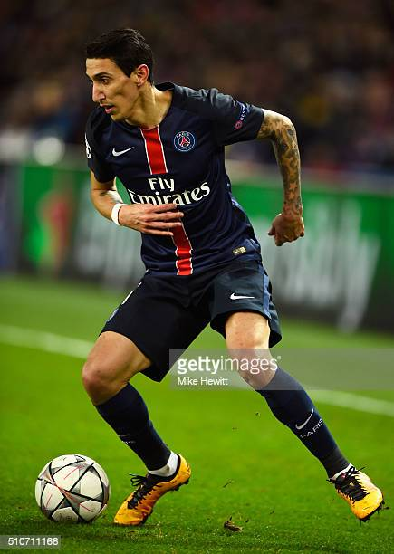 Angel Di Maria of Paris SaintGermain in action during the UEFA Champions League round of 16 first leg match between Paris SaintGermain and Chelsea at...