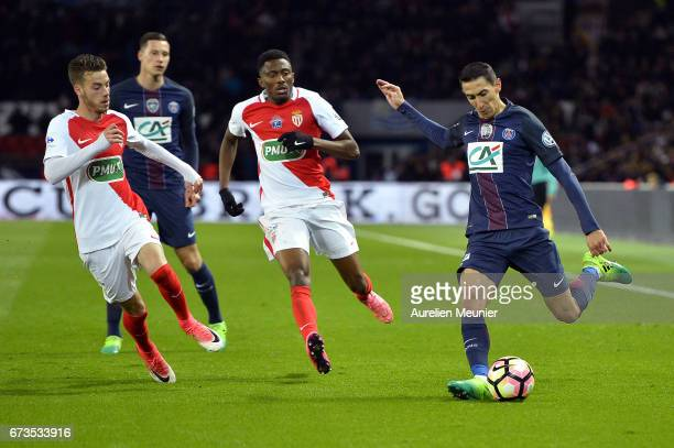 Angel Di Maria of Paris SaintGermain kicks the ball during the French Cup SemiFinal match between Paris SaintGermain and As Monaco at Parc des...