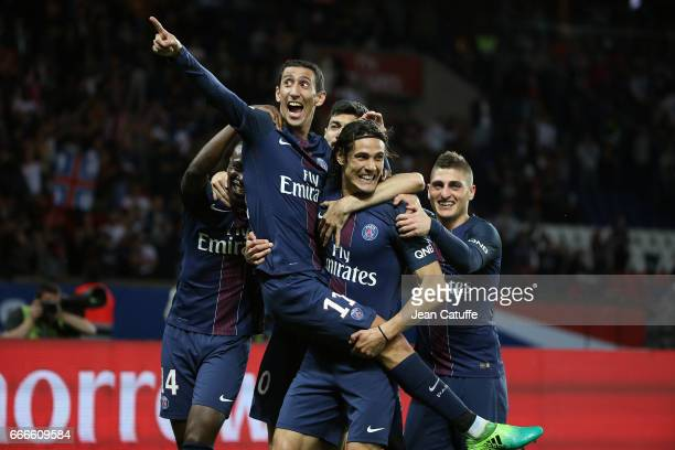 Angel Di Maria of PSG celebrates his goal with Edinson Cavani Marco Verratti during the French Ligue 1 match between Paris SaintGermain and En Avant...