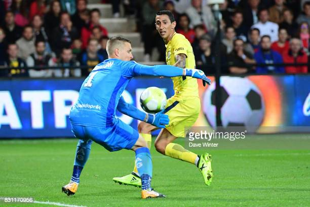 Angel Di Maria of PSG sees his shot saved by Karl Johan Johnsson of Guingamp during the Ligue 1 match between EA Guingamp and Paris Saint Germain at...