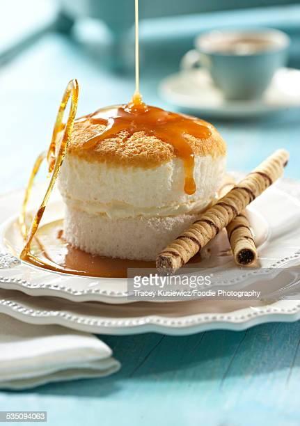 angel food cake with caramel sauce