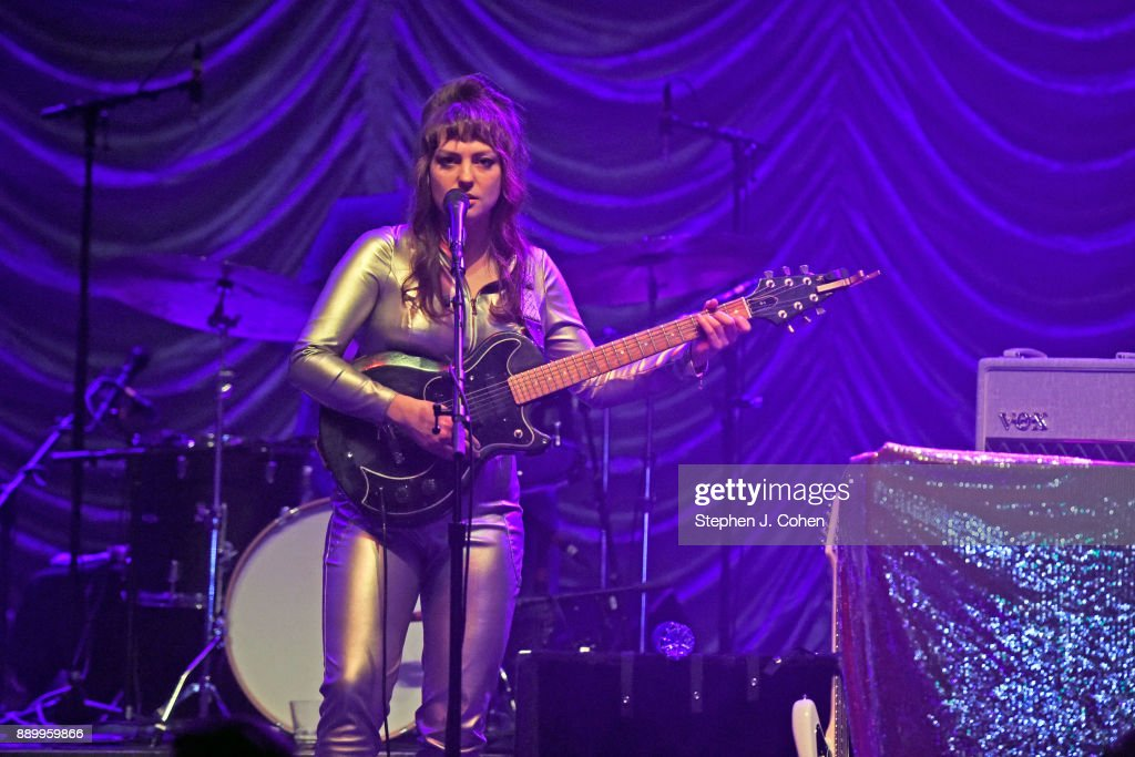 Angel Olsen In Concert - Louisville, Kentucky
