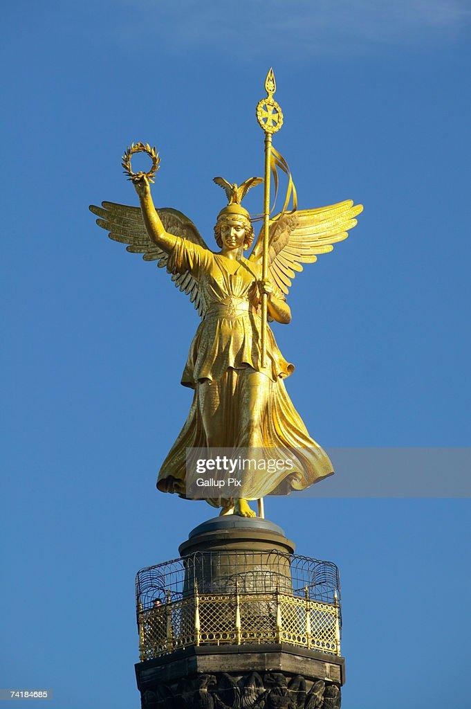 Angel on Victory Column (Siegessaeule) in Berlin Tiergarten Park in Germany. : Stock Photo