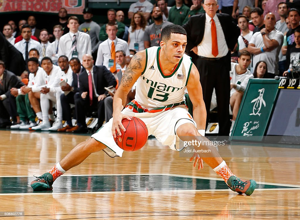 Angel Rodriguez of the Miami Hurricanes dribbles the ball against the Notre Dame Fighting Irish on February 3 2016 at the BankUnited Center in Coral...