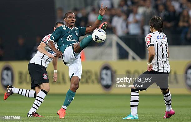 Angel Romero of Corinthians fights for the ball with Thiago Mendes of Goias during the match between Corinthians and Goias for the Brazilian Series A...