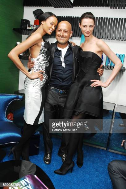 Angel Sanchez and Models attend KIPS BAY BOYS GIRLS CLUB 2009 Preview Gala Cocktails at ASPREY at Kips Bay Decorator Show House Asprey on April 16...