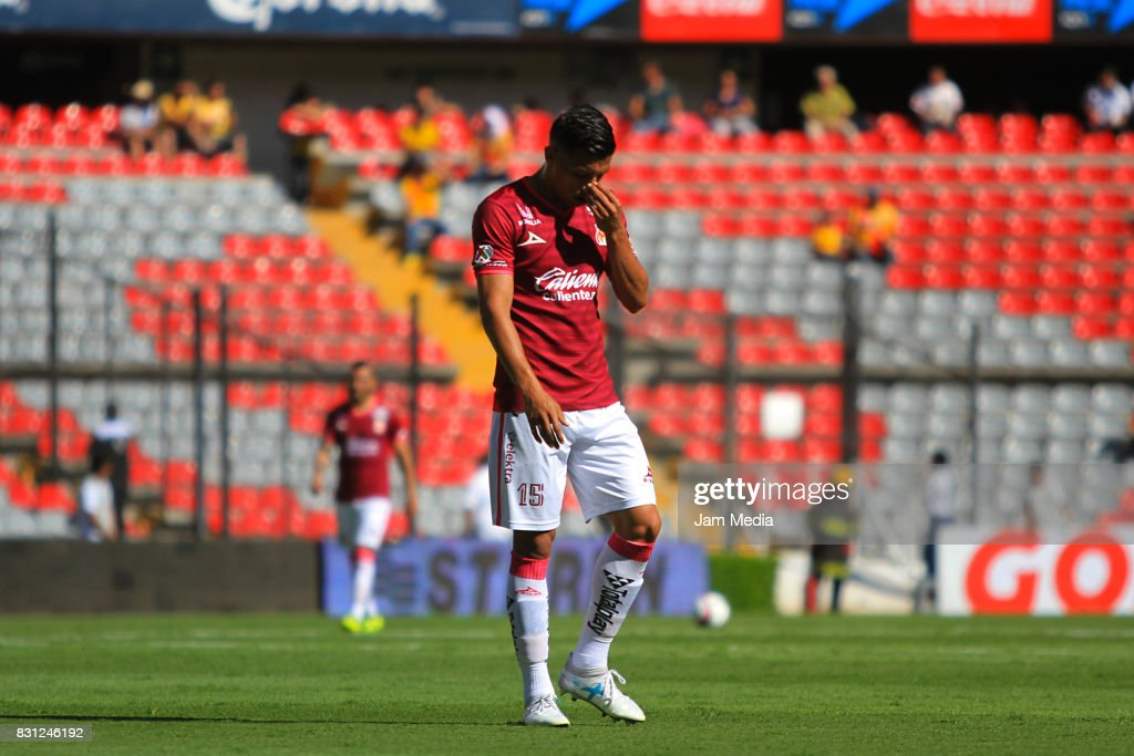 Angel Sepulveda of Morelia loks dejected during the 4th round match between Queretaro and Morelia as part of the Torneo Apertura 2017 Liga MX at Corregidora Stadium on August 12, 2017 in Mexico City, Mexico.