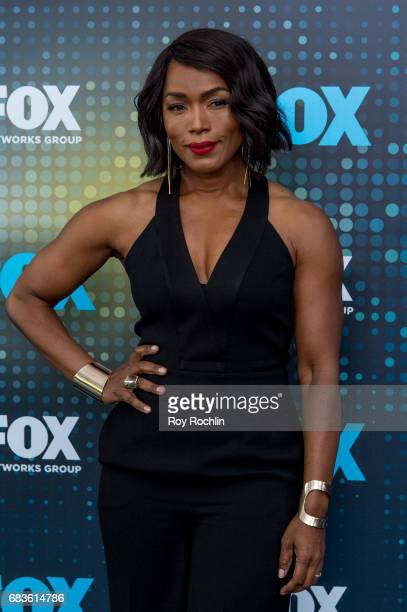 Angela Bassett 2017 Stock Photos and Pictures | Getty Images