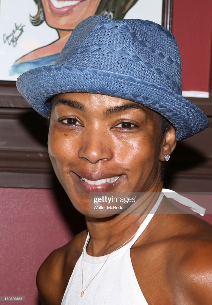 <a gi-track='captionPersonalityLinkClicked' href=/galleries/search?phrase=Angela+Bassett&family=editorial&specificpeople=171174 ng-click='$event.stopPropagation()'>Angela Bassett</a> attends Courtney B. Vance's Caricature Unveiling at Sardi's on July 2, 2013 in New York City.