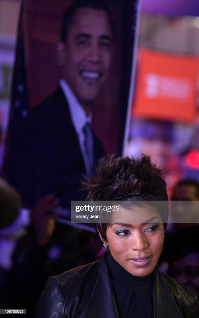 Angela Bassett attends Presidential National Day Of Service at National Mall on January 19, 2013 in Washington, DC.