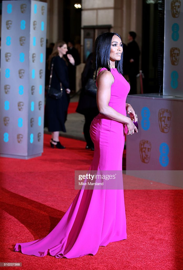 <a gi-track='captionPersonalityLinkClicked' href=/galleries/search?phrase=Angela+Bassett&family=editorial&specificpeople=171174 ng-click='$event.stopPropagation()'>Angela Bassett</a> attends the EE British Academy Film Awards at The Royal Opera House on February 14, 2016 in London, England.