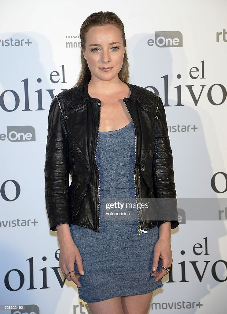 Angela Cremonte attends the premiere of 'El Olivo' at the Capitol cinema on May 4, 2016 in Madrid, Spain.