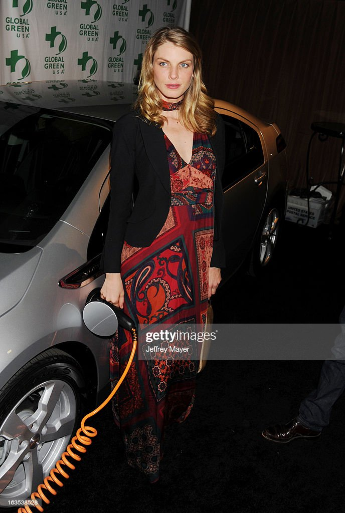 <a gi-track='captionPersonalityLinkClicked' href=/galleries/search?phrase=Angela+Lindvall&family=editorial&specificpeople=206644 ng-click='$event.stopPropagation()'>Angela Lindvall</a> arrives at Global Green USA's 10th Annual Pre-Oscar party at Avalon on February 20, 2013 in Hollywood, California.