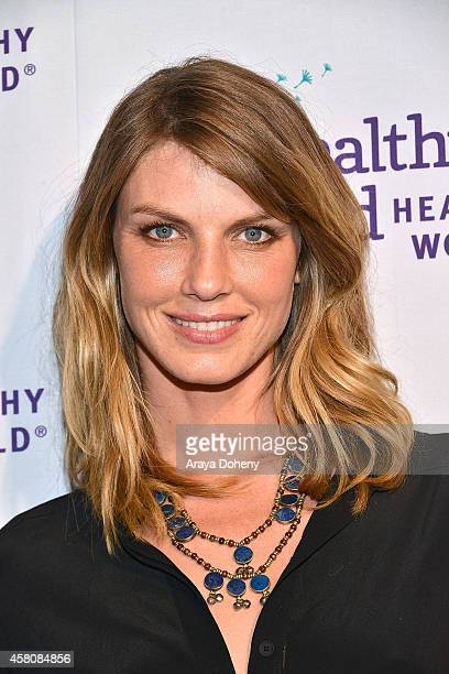 Angela Lindvall attends Healthy Child Healthy World's Mom On A Mission 6th Annual Awards Gala at The London Hotel on October 29 2014 in West...