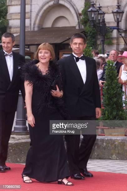 Angela Merkel Ehemann Joachim Sauer Bei Der Eröffnung Der Richard Wagner Festspiele In Bayreuth Am 250701
