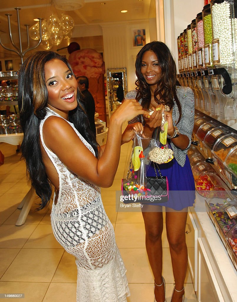 Vanessa simmons celebrates birthday at sugar factory at paris las vegas with - Simmons simmons paris ...
