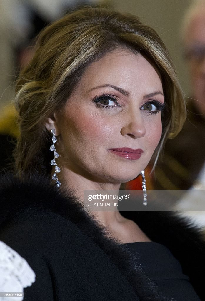 <a gi-track='captionPersonalityLinkClicked' href=/galleries/search?phrase=Angelica+Rivera&family=editorial&specificpeople=4327597 ng-click='$event.stopPropagation()'>Angelica Rivera</a>, wife of Mexican President Enrique Pena Nieto, is pictured ahead of a banquet at the Guildhall in central London on March 4, 2015.