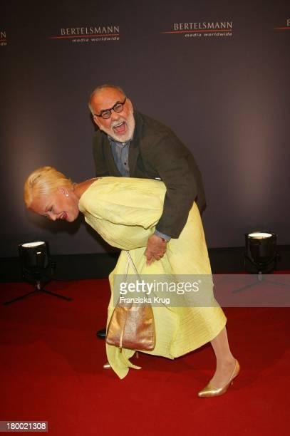 Angelika Milster Und Udo Walz Bei Der Bertelsmann Party Unter Den Linden In Berlin