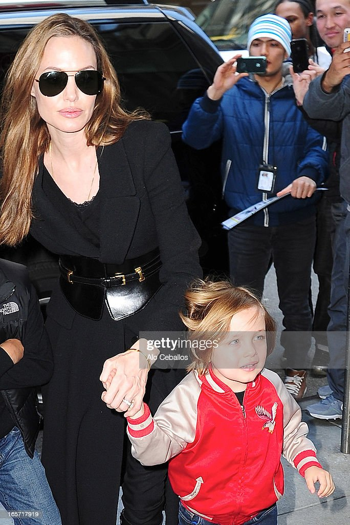 <a gi-track='captionPersonalityLinkClicked' href=/galleries/search?phrase=Angelina+Jolie&family=editorial&specificpeople=201591 ng-click='$event.stopPropagation()'>Angelina Jolie</a> and Knox Jolie-Pitt visit FAO Schwarz on April 5, 2013 in New York City.