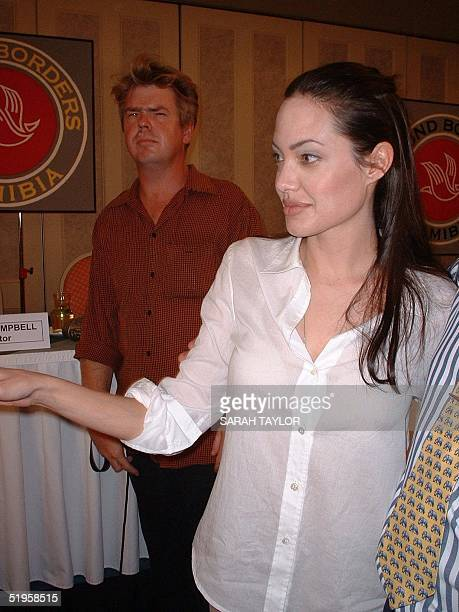 Angelina Jolie US star of 'Tomb Raiders' and 'The Bone Collector' is pictured in Swakopmund 07 March 2002 during the filming of 'Beyond Borders' The...