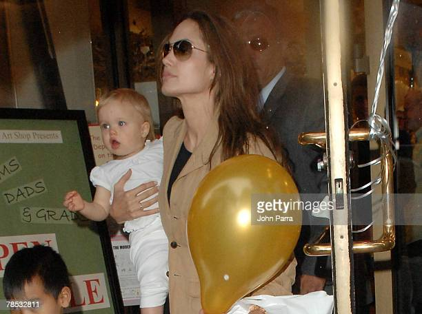 Angelina Jolie with children Shiloh and Maddox