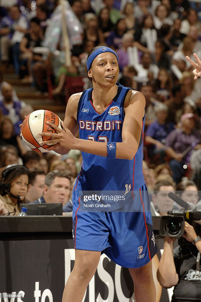 Angelina Williams of the Detroit Shock looks to pass the ball against the Sacramento Monarchs during Game Four of the 2006 WNBA Finals September 6...