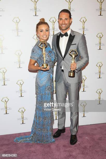 Angelique Boyer and Sebastian Rulli attend the press room during the Premios Tv y Novelas 2017 at Televisa San Angel on March 26 2017 in Mexico City...