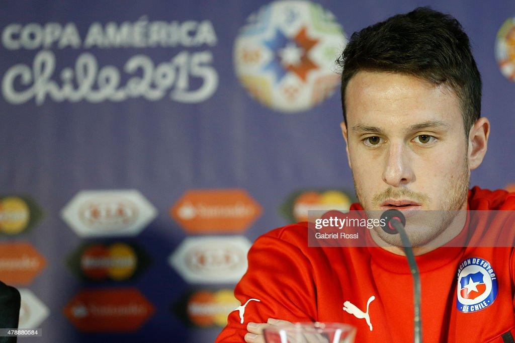 Chile Press Conference - 2015 Copa America Chile