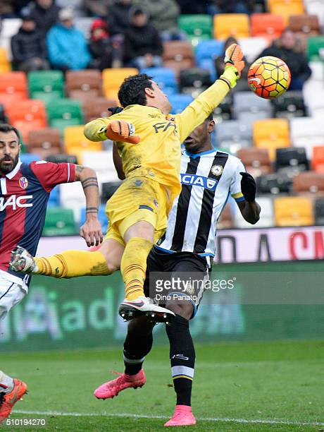 Angelo Esmael Da Costa goalkeeper of Bologna FC save to Duvan Zapata of Udinese during the Serie A match between Udinese Calcio and Bologna FC at...