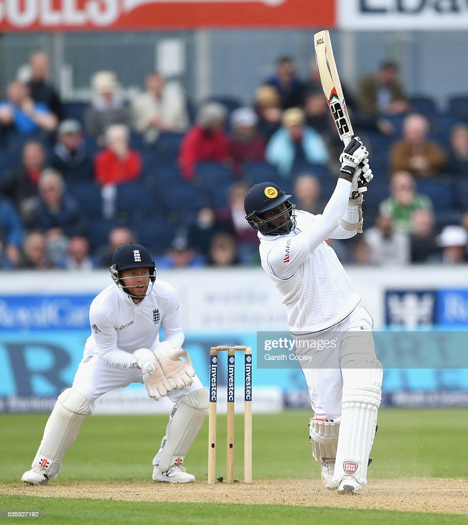 <a gi-track='captionPersonalityLinkClicked' href=/galleries/search?phrase=Angelo+Mathews&family=editorial&specificpeople=5622021 ng-click='$event.stopPropagation()'>Angelo Mathews</a> of Sri Lanka bats during day three of the 2nd Investec Test match between England and Sri Lanka at Emirates Durham ICG on May 29, 2016 in Chester-le-Street, United Kingdom.