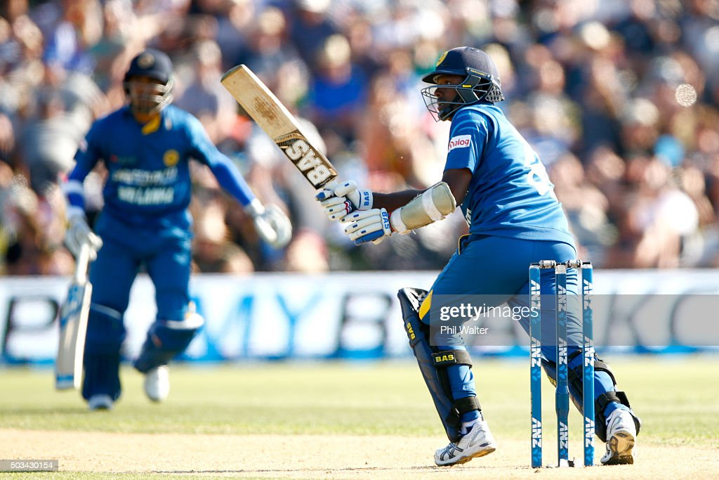 <a gi-track='captionPersonalityLinkClicked' href=/galleries/search?phrase=Angelo+Mathews&family=editorial&specificpeople=5622021 ng-click='$event.stopPropagation()'>Angelo Mathews</a> of Sri Lanka bats during game five of the One Day International series between New Zealand and Sri Lanka at Bay Oval on January 5, 2016 in Mount Maunganui, New Zealand.