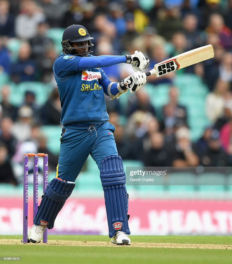 <a gi-track='captionPersonalityLinkClicked' href=/galleries/search?phrase=Angelo+Mathews&family=editorial&specificpeople=5622021 ng-click='$event.stopPropagation()'>Angelo Mathews</a> of Sri Lanka bats during the 4th ODI Royal London One Day International match between England and Sri Lanka at The Kia Oval on June 29, 2016 in London, England.
