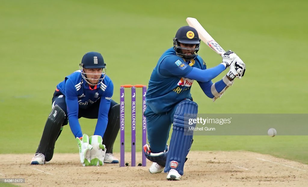 <a gi-track='captionPersonalityLinkClicked' href=/galleries/search?phrase=Angelo+Mathews&family=editorial&specificpeople=5622021 ng-click='$event.stopPropagation()'>Angelo Mathews</a> of Sri Lanka plays a reverse sweep during the 4th Royal London One-Day International between England and Sri Lanka at The Kia Oval Cricket Ground on June 29, 2016 in London, England.