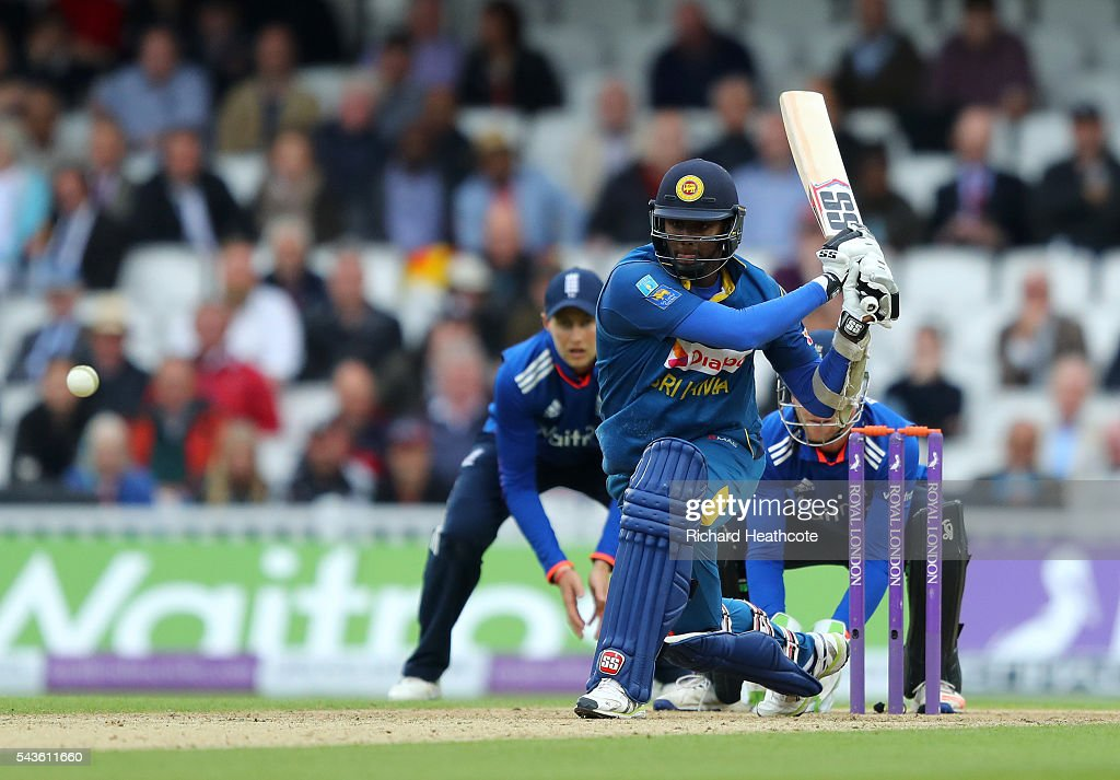 <a gi-track='captionPersonalityLinkClicked' href=/galleries/search?phrase=Angelo+Mathews&family=editorial&specificpeople=5622021 ng-click='$event.stopPropagation()'>Angelo Mathews</a> of Sri Lanka reverse sweeps during the 4th Royal London ODI between England and Sri Lanka at The Kia Oval on June 29, 2016 in London, England.