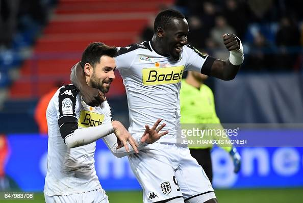 FBL-FRA-LIGUE1-CAEN-ANGERS : News Photo