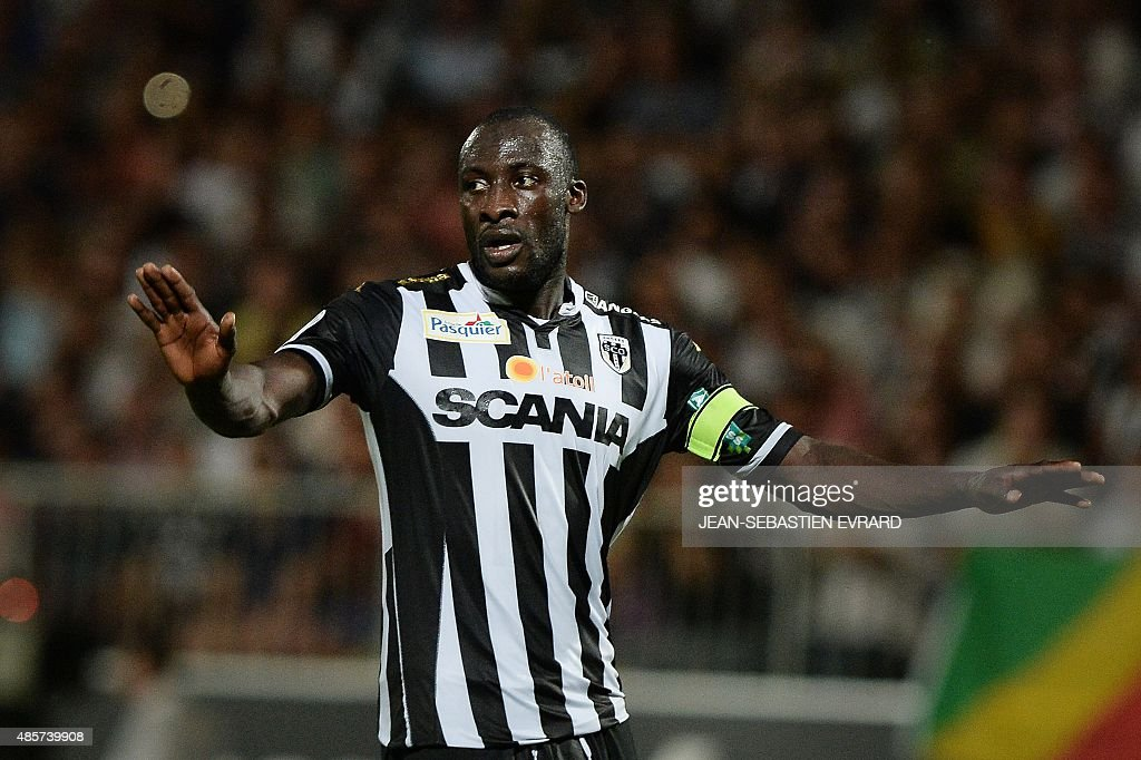 Angers' Senegalese midfielder Cheikh N'Doye gestures during the French L1 football match between Angers and Nice on August 29 2015 at the Jean Bouin...