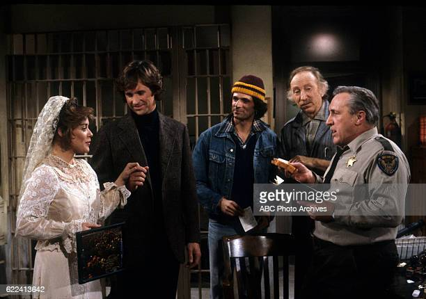 ANGIE 'Angie and Joyce Go to Jail' Airdate September 4 1980 UNKNOWN