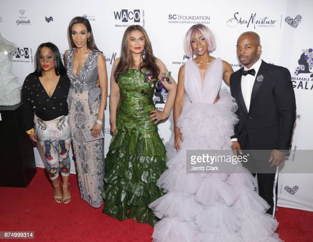 Angie Beyince Michelle Williams Tina Knowles Kelly Rowland and Tim Witherspoon attend the Wearable Art Gala at California African American Museum on...