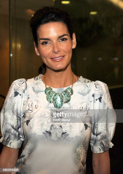 Angie Harmon attends the TBS / TNT Upfront 2014 at The Theater at Madison Square Garden on May 14 2014 in New York City 24674_001_0715JPG