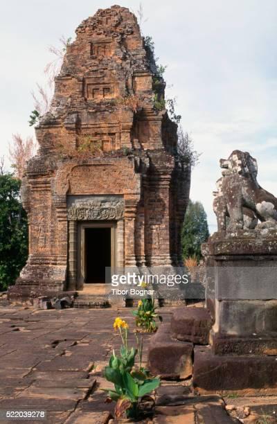 Angkor, Eastern Mebon