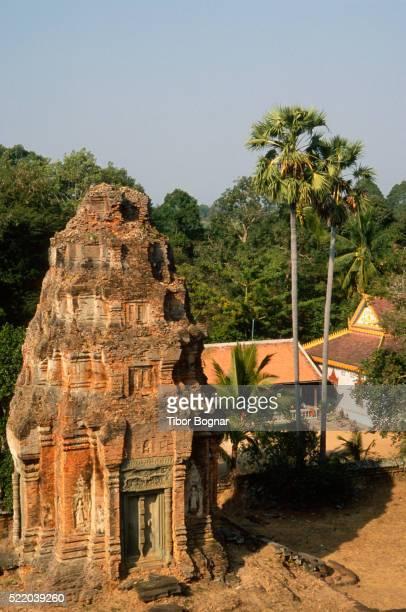 Angkor, Roluos, Bakong Temple