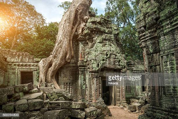 、カンボジアのアンコールワット寺院
