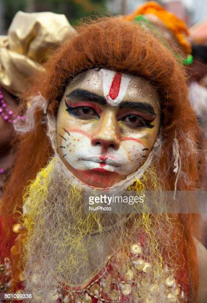 angladeshi Hindu devotees attend in the annual festival of Rath Yatra or chariot procession in Dhaka Bangladesh on June 25 2017 The Ratha Yatra...
