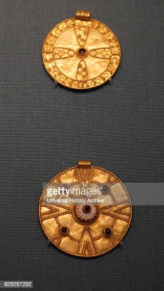 Anglo Saxon Fine Gold Buckles Pictures Getty Images