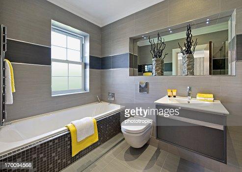 angular bathroom