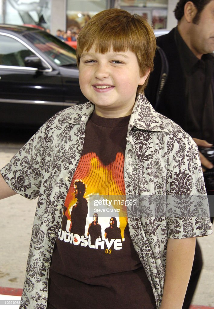 <a gi-track='captionPersonalityLinkClicked' href=/galleries/search?phrase=Angus+T.+Jones&family=editorial&specificpeople=240423 ng-click='$event.stopPropagation()'>Angus T. Jones</a> during 'The Polar Express' Los Angeles Premiere - Arrivals at Grauman's Chinese in Hollywood, California, United States.